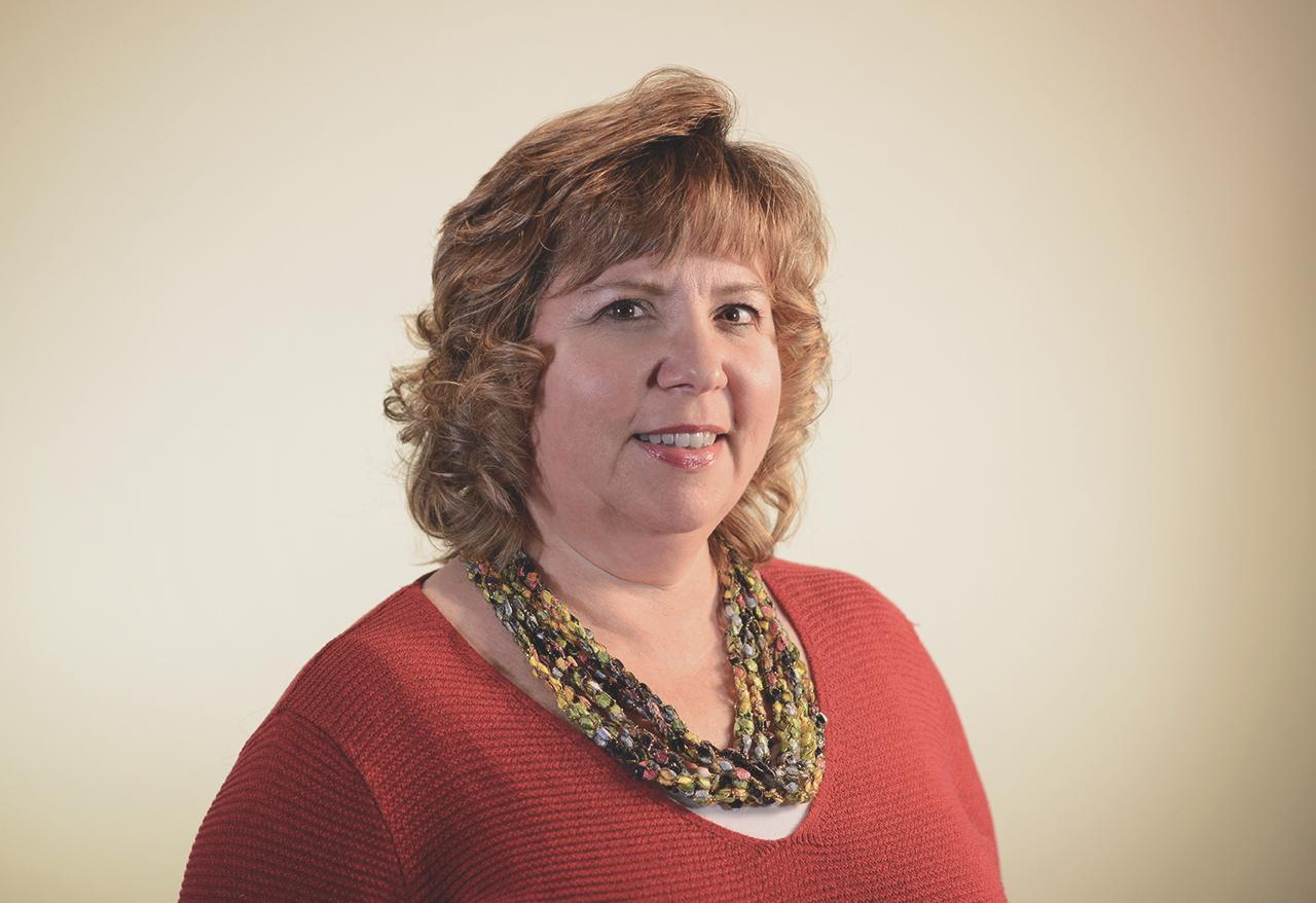 portrait of Laura McLaughlin